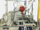 Máquina para colocar arejadores/respiradores